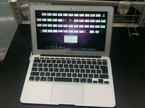 Trying MacBook Airなう